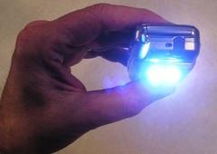 Celllighthand