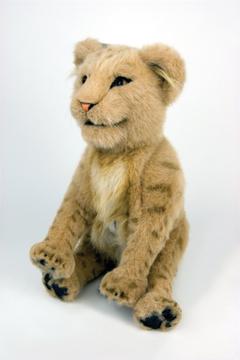 Alive_lion_cub_rgb_5