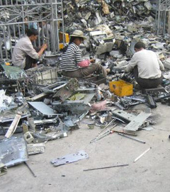 Ewaste_recycling_china_4